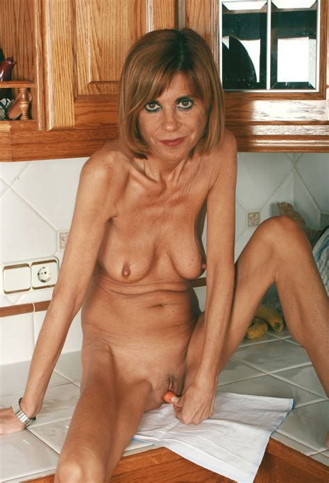Pic015 In Gallery Skinny Mature Pussy Picture 15