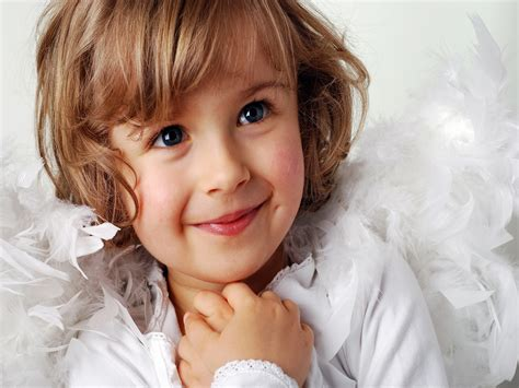 Cute lemaitre hd wallpapers girls. Free download Cute little girl a sweet smile iPad ...