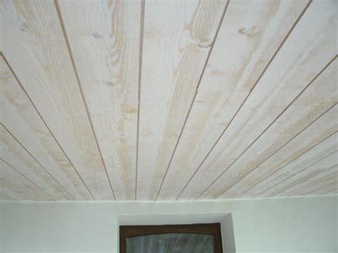 lambris plafond cuisine peinture pour peindre baignoire 11 lambris bois blanc