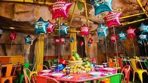 Party Deko Tipps : 10 brautjungfern party tipps f r den perfekten junggesellinnenabschied ~ Whattoseeinmadrid.com Haus und Dekorationen