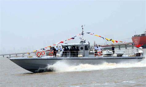 Boat Engine Manufacturers India by Shm Frp Gemini Solas Passenger Ambulance Boat