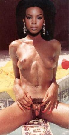 Kelly Rowland Nude