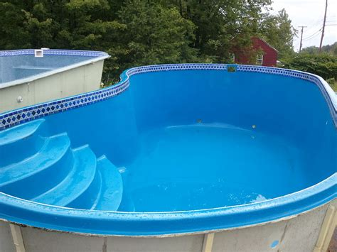 Kidney-Shaped Above Ground Pool