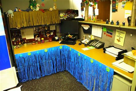 cubicle prank hula skirts cubicle office cubicle