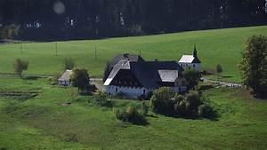 Wie Sieht Ein Hummelnest Aus : sendung wie sieht ein typischer schwarzwaldhof aus planet schule schulfernsehen ~ Yasmunasinghe.com Haus und Dekorationen