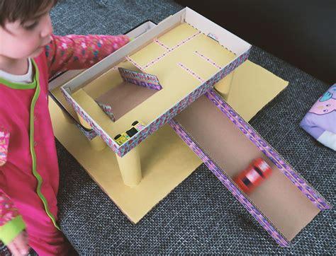 Möbel Aus Pappe Selber Machen by Spielzeug Selbst Machen F 252 R Kleinkinder Parkhaus Aus Pappe