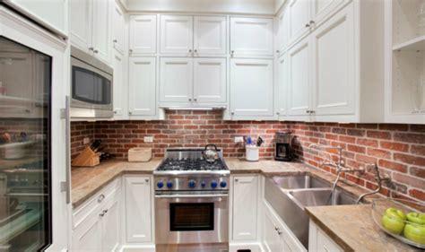 cuisine mur en credence cuisine brique blanche chaios com