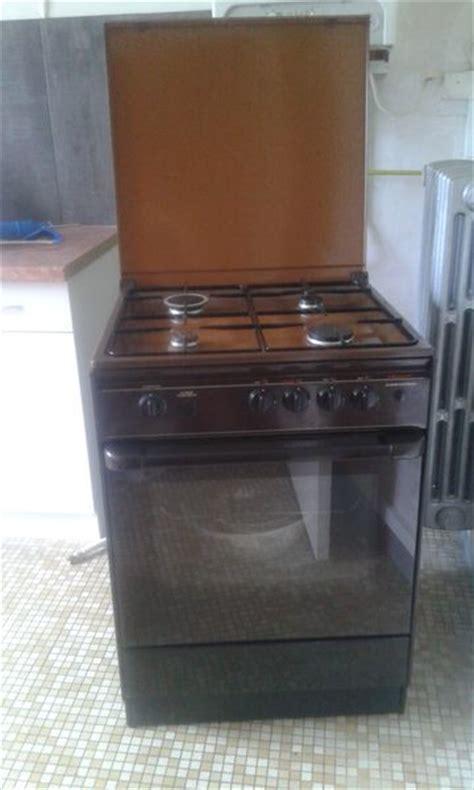 cuisine multifonction cuisiniere brandt gaz occasion clasf