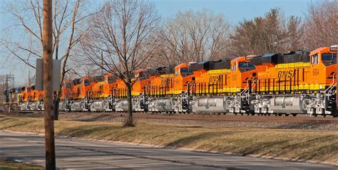 """Latest GE Commercial """"Leading With Locomotives"""" 