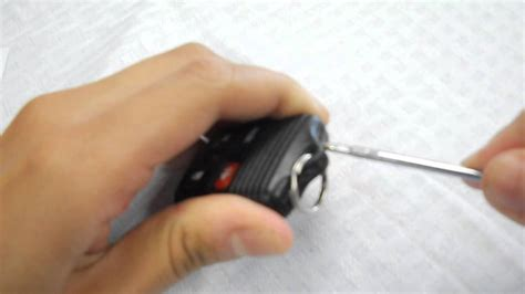 How to Replace Ford Taurus Key Fob Battery 1999 - 2011 ...