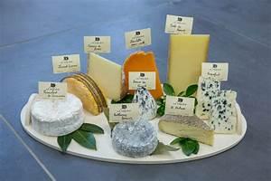 Plateau De Fromage Pour 20 Personnes : plateau de fromages tradition fromagerie la prairie bethune arras ~ Melissatoandfro.com Idées de Décoration