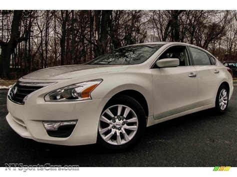 white nissan 2013 nissan altima 2 5 s in pearl white 490728