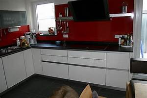 Fliesen Küche Boden : raumgestaltung k che ~ Markanthonyermac.com Haus und Dekorationen