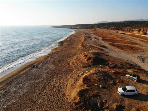 Pludmales tīrīšana Kiprā 2019   Financer.com