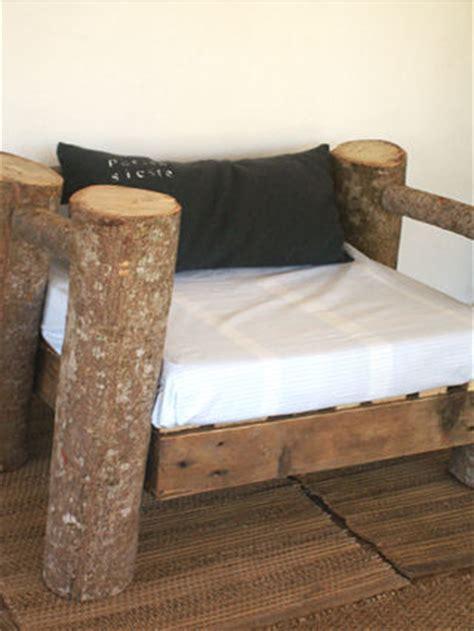 siege en bois siège en bois les cailloux de maé