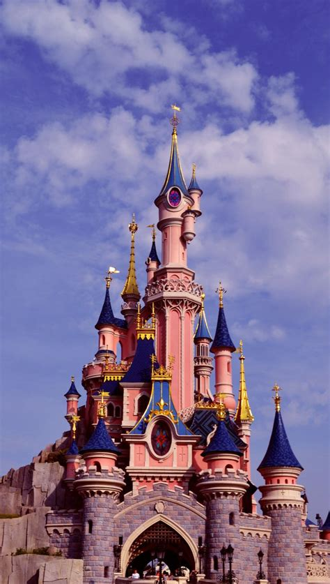 Disneyland Iphone X Wallpaper by Disneyland In La Piccola Antennina In 2019