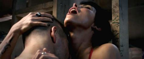 Morena Baccarin Naked Sex Scene From Deadpool Movie