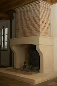 decoration hotte de cheminee maison design modanescom With decoration hotte de cheminee