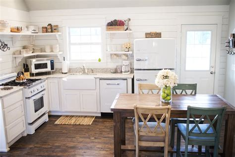 retro country kitchen stonehill cottages cabin cottages rentals in mena arkansas 1927