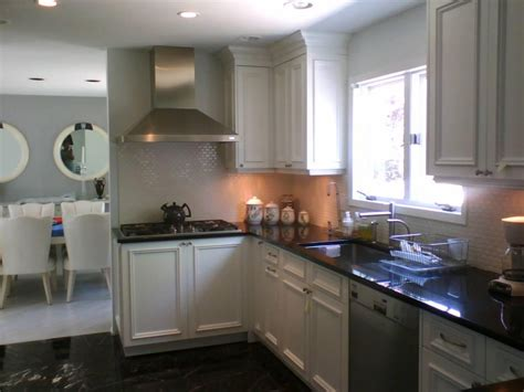 Kitchen Color Schemes With White Cabinets-interior