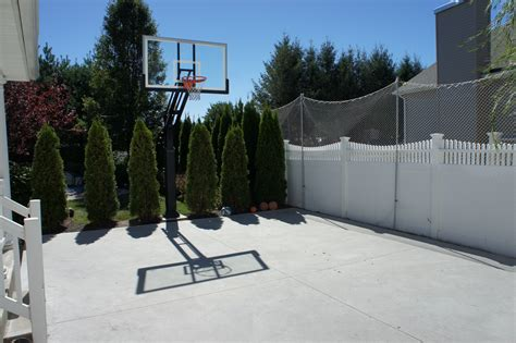 Backyard Net System by In The Middle You Can See Pro Dunk Basketball System