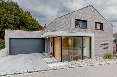 Moderne Längliche Häuser by Modern Haus Fassade