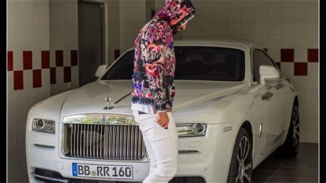 la luxueuse collection de voiture de luxe de karim benzema