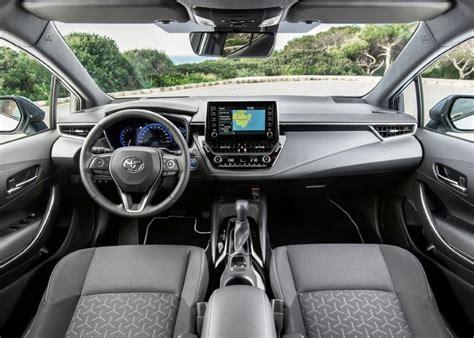 toyota corolla hatchback hybrid specs features price findtruecarcom