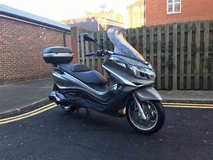 Piaggio X10 350 : piaggio x10 350 executive 2014 scooter only 2400 miles from new abs asr in camberwell london ~ Medecine-chirurgie-esthetiques.com Avis de Voitures