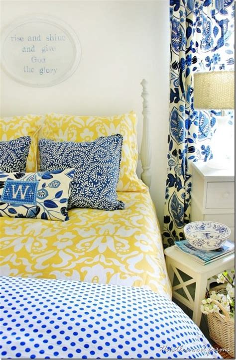 Yellow And Blue Master Bedroom by Best 25 Blue Yellow Bedrooms Ideas On Blue