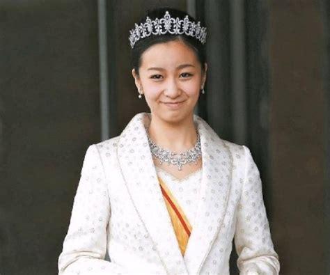 Princess Kako of Akishino - Bio, Facts, Family Life of ...