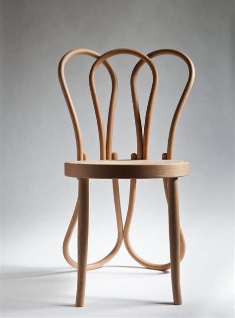 la chaise n 14 hommage à la chaise thonet n 14 par célia persouyre la chaise esprit et chaises