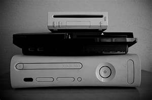 Nintendo: Sony 'In Trouble' In Hardware Space, Nintendo In ...