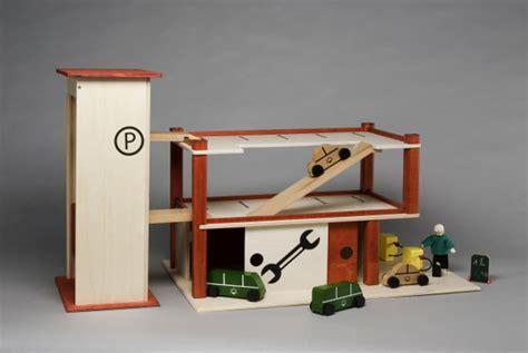 Spielzeug Haus Garage by Spielzeug Garage Bauen Haus Image Ideen