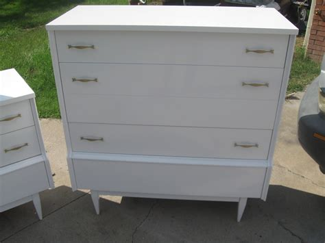 Refurbished Bedroom Furniture by That S Not Junk Refurbished Recycled Furniture Mid