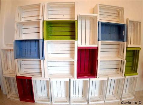 libreria con cassette di legno libreria cassette frutta labrocheuse