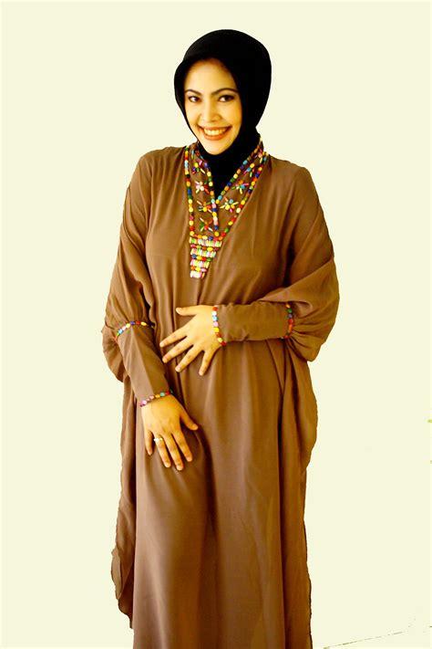 15 pakaian muslim wanita busana muslim 2016 sesuai kaidah islam