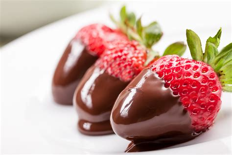 chocolate dipped fruit samba cuisine