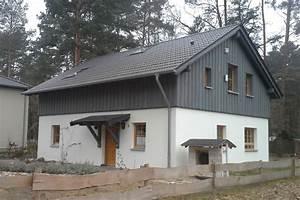 Lärche Sägerauh Fassade : massivholzwand schirmt strahlung ab ohne leim und chemie ~ Michelbontemps.com Haus und Dekorationen