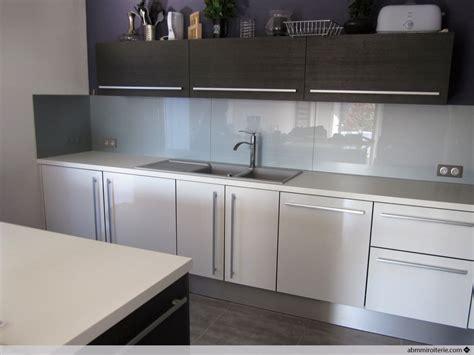 modele credence cuisine cuisine blanche et grise top cuisine