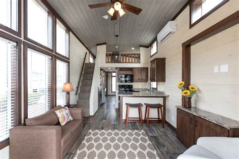 lakeside  seabreeze ls   clayton tiny homes