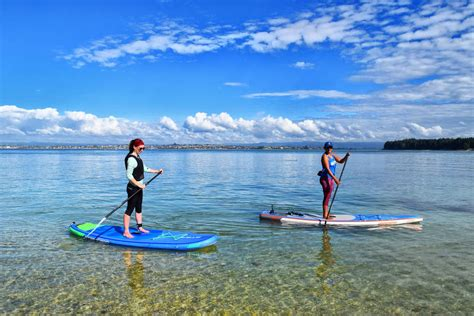 Stand Up Paddle Boarding In Mt Maunganui Backpacker