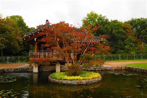 Didymos Garten Im Herbst by Koreanischer Garten Im Herbst Frankfurt Foto Bild