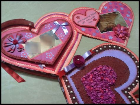 The hearts in the coat of arms of denmark go back to the royal banner of the kings of denmark, in turn based on a seal used as early as the 1190s. Lina's Handmade Cards: Heart shaped box card