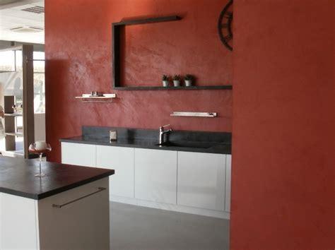 cuisine en béton ciré îlot central en béton ciré espace cuisine betoncire