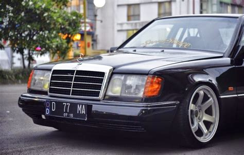 You can also upload and share your favorite w124 wallpapers. Mercedes-Benz W124 300E on ROTA Grid Wheels | BENZTUNING