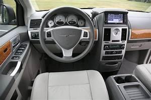 Chrysler Grand Voyager 2008: de echte MPV! - Autoblog nl