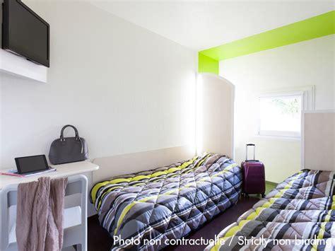 chambre kyriad hôtel à ferney voltaire hotelf1 ève aéroport ferney