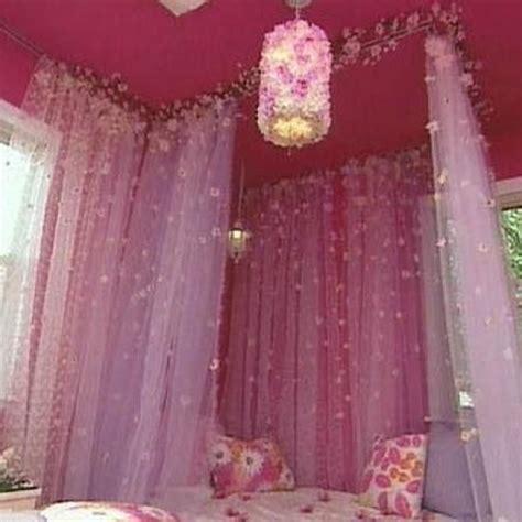 Create A Fairytale Bedroom With Curtain Tracks Curtain