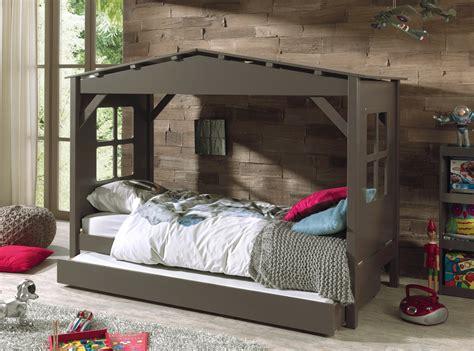 coussin de canapé 60 x 60 lit cabane enfant timeo sorti tout droit d 39 un rêve d
